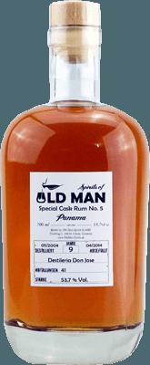Medium old  man special cask rum no 6 9 year panama rum