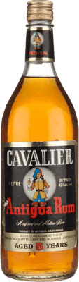 Medium antigua distillery cavalier 5 year rum 400px