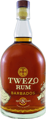Medium twezo barbados 8 year rum 400px