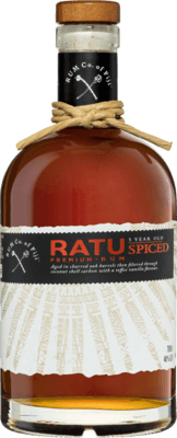 Medium rum company of fiji ratu spiced 5 year