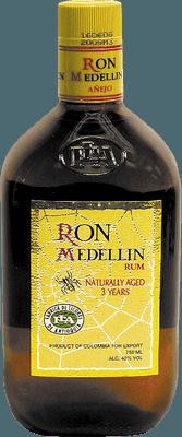 Medium ron medellin a ejo 3 year rum