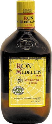 Medium ron medellin a ejo 3 year rum