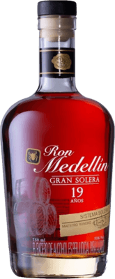 Medium ron medellin gran solera 19 year